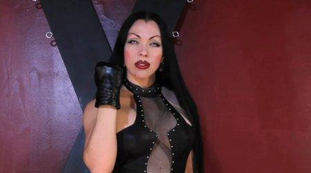 Goddess Cheyenne - Vampire Leather Mistress